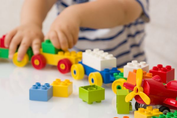petite-enfanceB9B6E919-20D9-81CD-014E-67041996D538.jpg